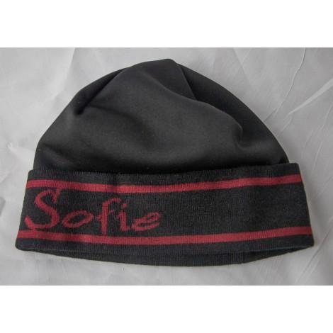 Mütze Sofie schwarz/rot